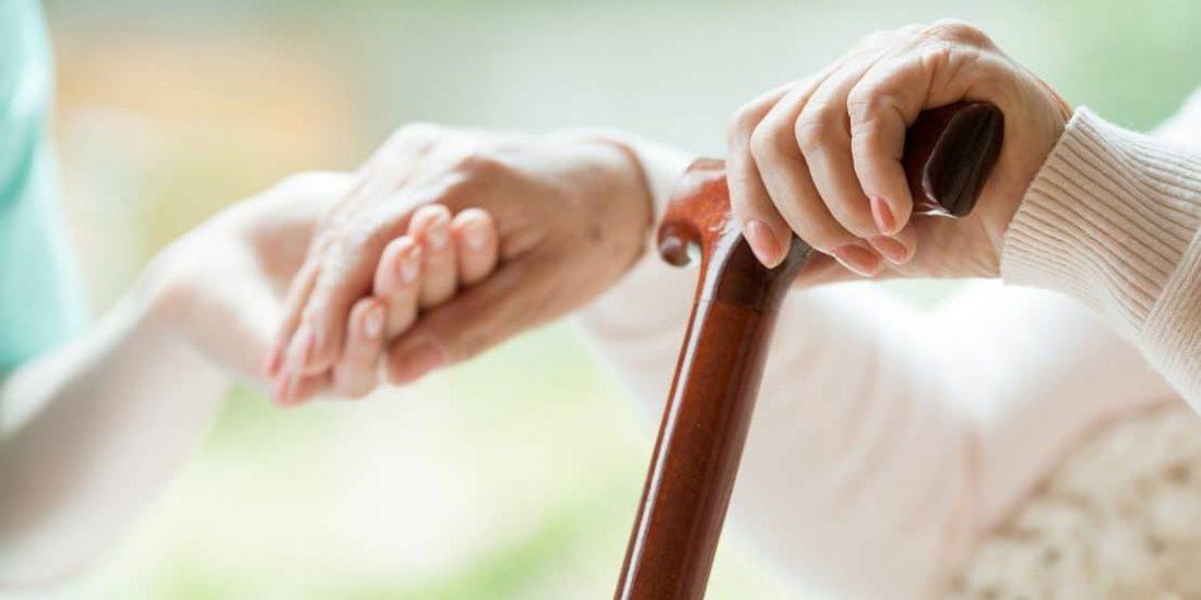 Steigender Pflegebedarf: Stärkerer Fokus auf Ausbildung nötig